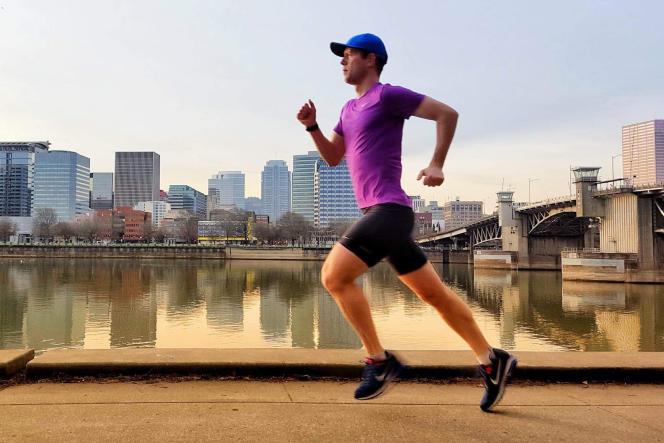 Ben a trouvé son rythme avec les Nike Air Zoom Structure 21. Il a parcouru 313 km au total (oui, vous avez bien lu!) au cours de notre mois de tests.