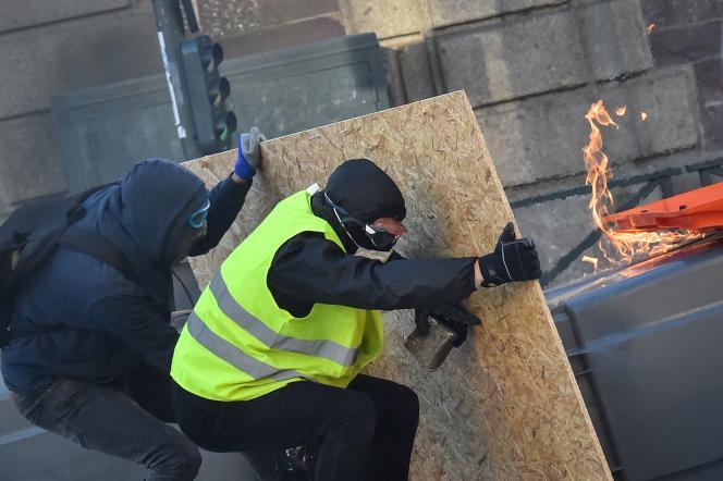 Quinzième samedi consécutif de manifestations des «gilets jaunes», à Rennes, le 23 février.
