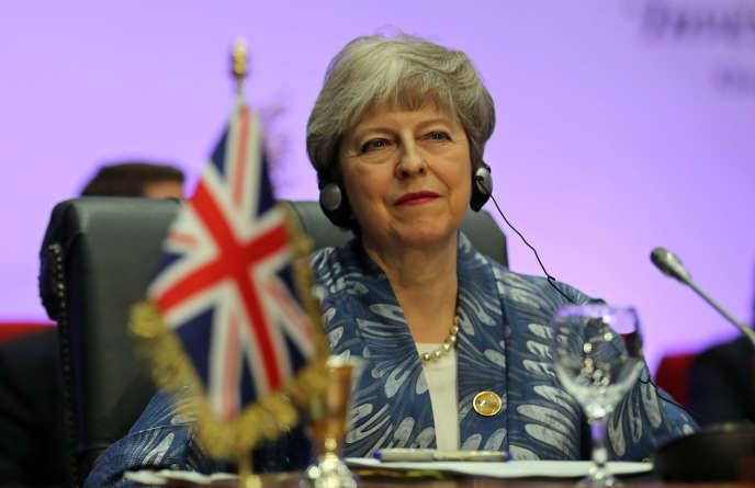 La première ministre britannique, Theresa May, à Charm El-Cheikh, en Egypte, le 24février.