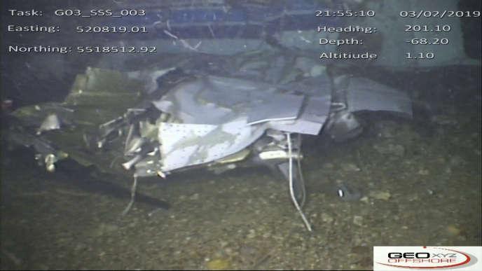 L'épave de l'avion à bord duquel a disparu Emiliano Sala, filmée dans une vidéo que les enquêteurs britanniques se sont procurée.