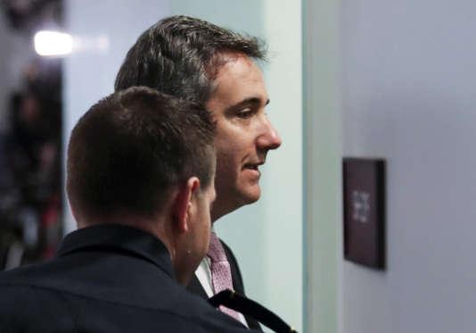 L'ancien avocat de Donald Trump, Michael Cohen, arrive pour témoigner à huis clos devant le Sénat, à Washington, le 26 février 2019.