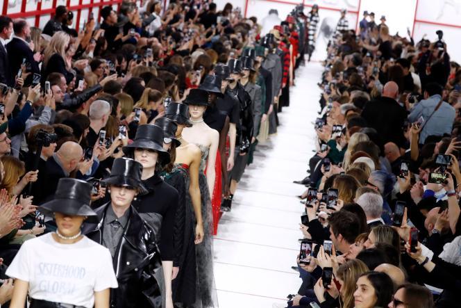 Le défilé Christian Dior.
