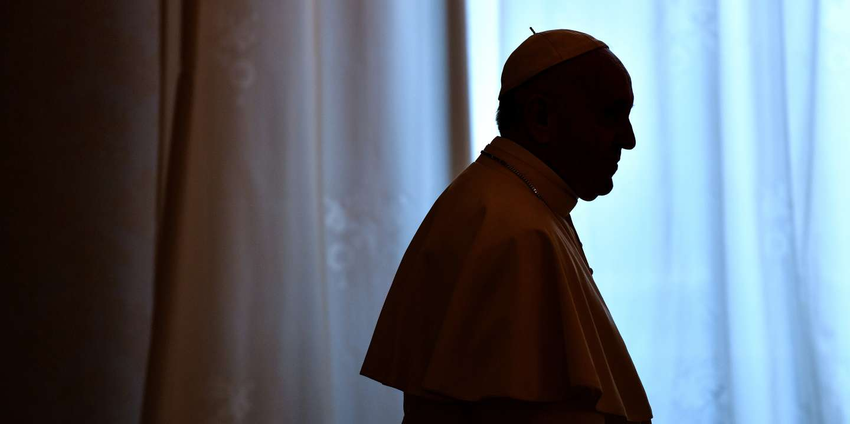 Calendrier Satanique 2019.Pedophilie En Incriminant Satan Le Pape Francois