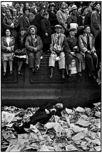 « Couronnement du roi George VI, Trafalgar Square, Londres» 12 mai 1937.
