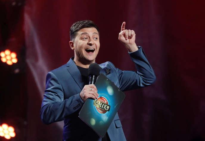 Volodymyr Zelenski lors de l'un de ses spectacles humoristiques, au concert hall de Kiev, le 22 février2019.