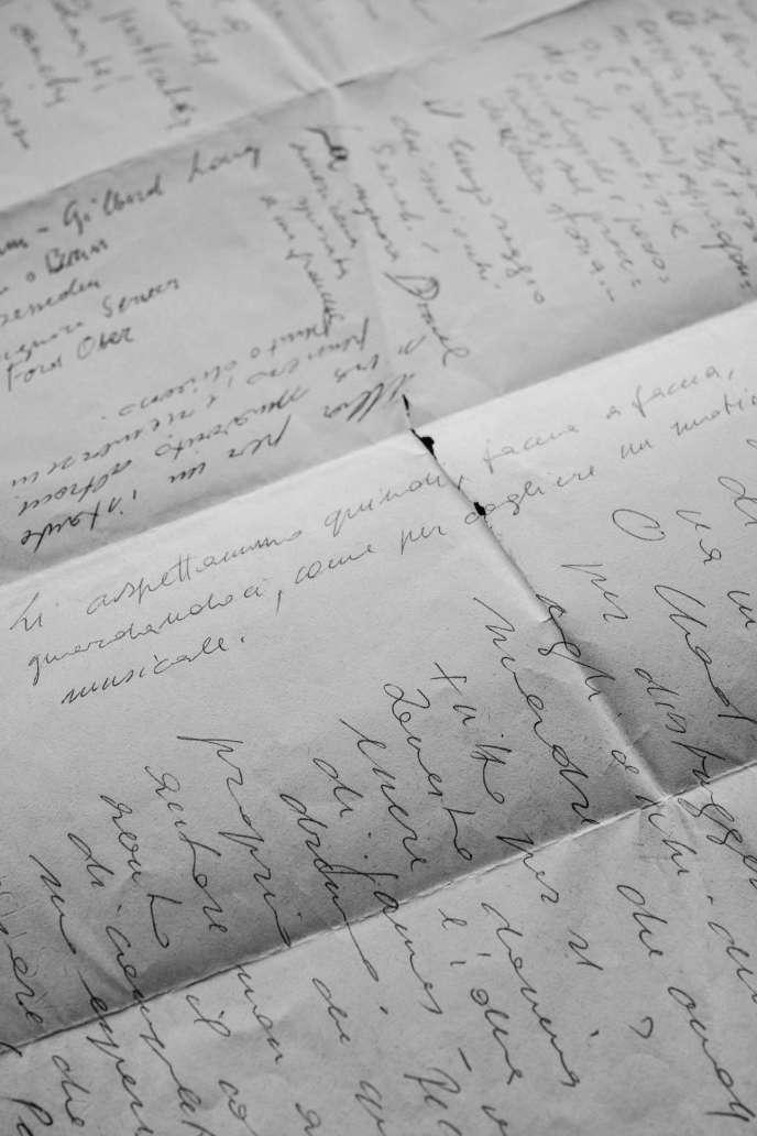 Des manuscrits de Goliarda Sapienza conservé par son époux Angelo Pellegrino.