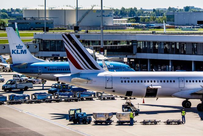 Des avions Air France et KLM sur le tarmac de Schiphol, au Pays Bas, en février 2019.