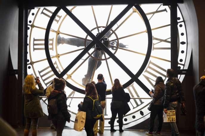 L'horloge du musée d'Orsay, à Paris.