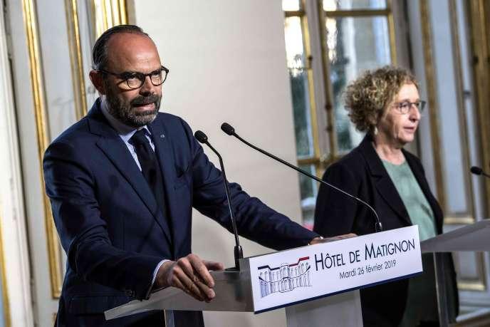 Le premier ministre Edouard Philippe et la ministre du travail Muriel Pénicaud, à Paris, le 26février.