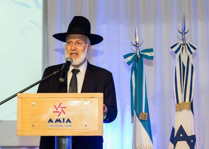 Le grand rabbin Gabriel Davidovich, au siège de l'AMIA (l'association mutuelle israélite argentine) à Buenos Aires, le 28 avril 2018.