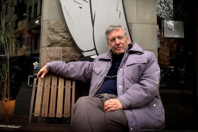 L'écrivain israélien Amos Oz à Stockholm (Suède), en avril 2002.