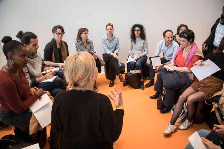 Lors de l'atelier Kangae, les participants échangent notamment sur leur volonté de se réorienter.