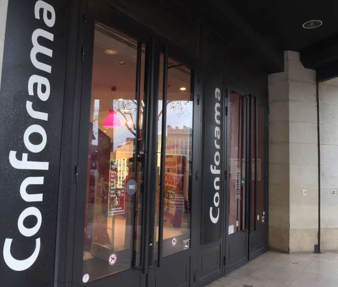 Magasin Conforama, à Paris, le 6 décembre 2017.