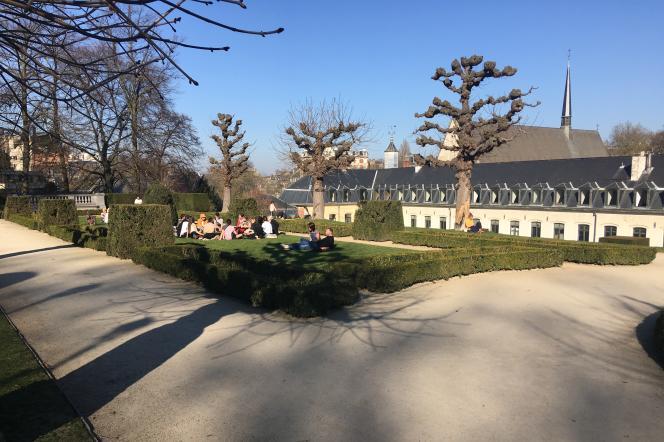 L'école de La Cambre occupe une ancienne abbaye cistercienne.
