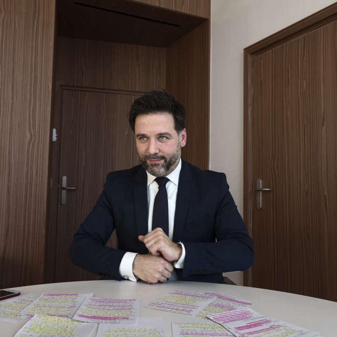 Le député LRM de Paris Hugues Renson dans son bureau à l'Assemblée nationale, le 26février.