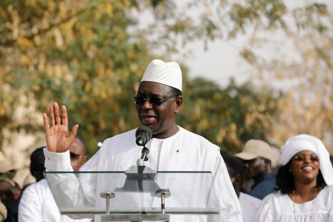 Le président sénégalaisMackySallle 24février, après avoir voté àFatick, son village de naissance.
