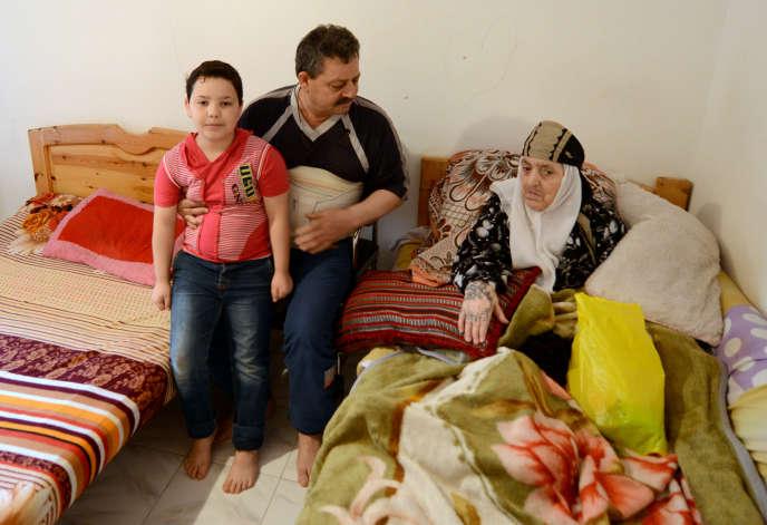 Des réfugiés syriens à Alexandrie, en Egypte, le 23avril 2015.