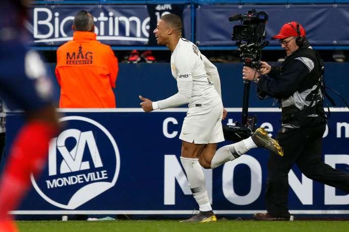 Auteur d'un doublé, Kylian Mbappé a permis au PSG de s'imposer contre Caen, samedi 2 mars.