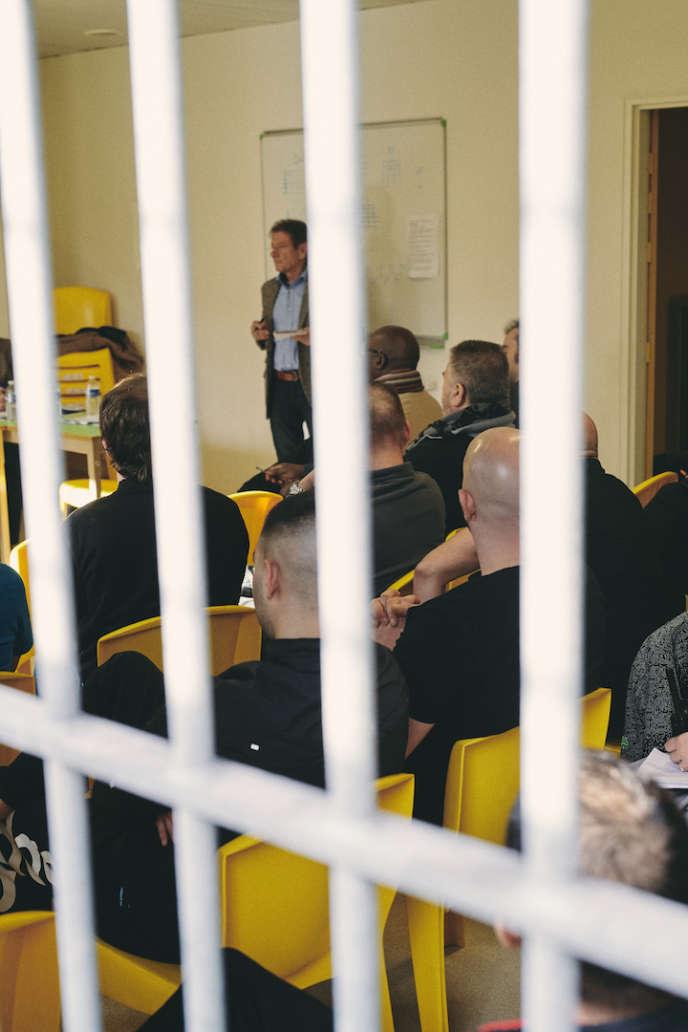 Le grand débat organisé au centre pénitentiaire de Riom (Puy-de-Dôme), le19février2019.