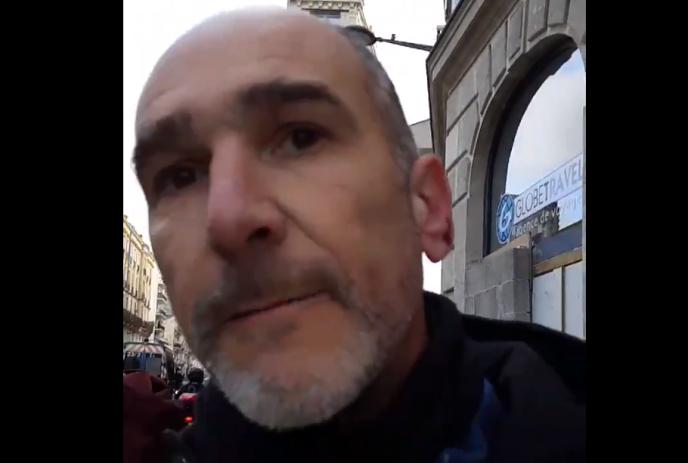 Le député de la France insoumise Loïc Prud'homme, dans une vidéo qu'il a diffusé sur Twitter, samedi 2 mars.