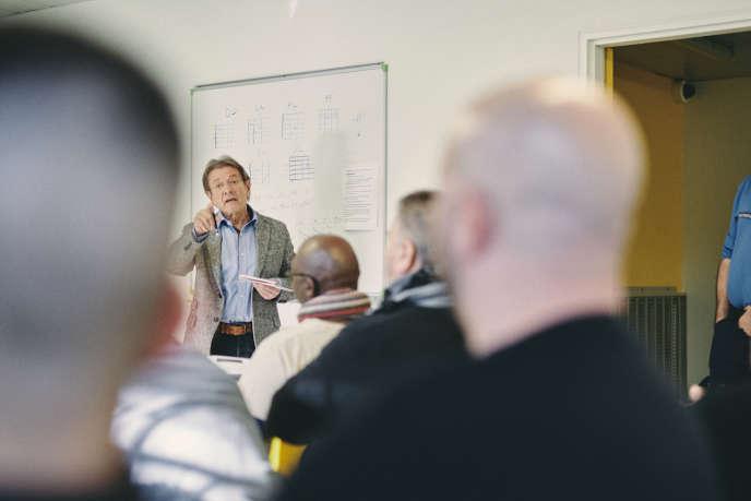 Jean Macheteau, « animateur citoyen», a dirigé le grand débat national organisé au centre pénitentiaire de Riom (Puy-de-Dôme), le 19 février.