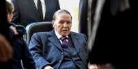 Une des très rares apparitions de Bouteflika, en novembre 2017, lors d'élections locales.