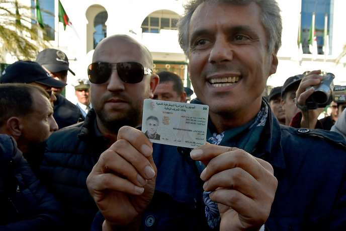 Rachid Nekkaz à son arrivée au Conseil constitutionnel algérien, à Alger, le 3 mars.