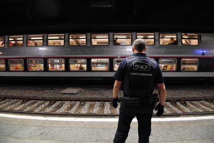 Un membre de la police ferroviaire de la région Ile-de-France, le 4 septembre 2017.
