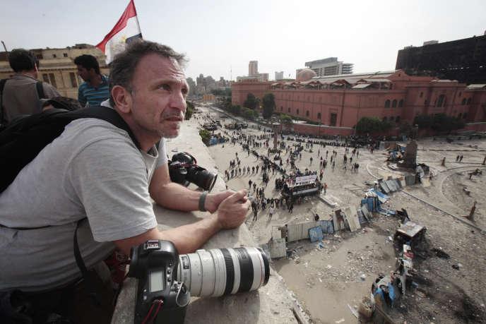Le photographe Yannis Behrakis au Caire en Egypte,en 2011.