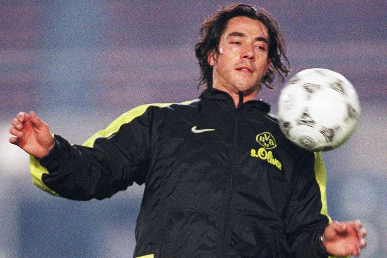 Paulo Sousa avec les cheveux longs, époque Borussia Dortmund.
