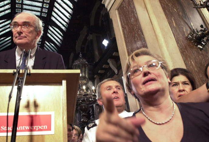 Le baron Leo Delwaide Jr., fils de Leo Delwaide, président du port d'Anvers (Belgique) lors d'une conférence de pressele 8 octobre 2000.