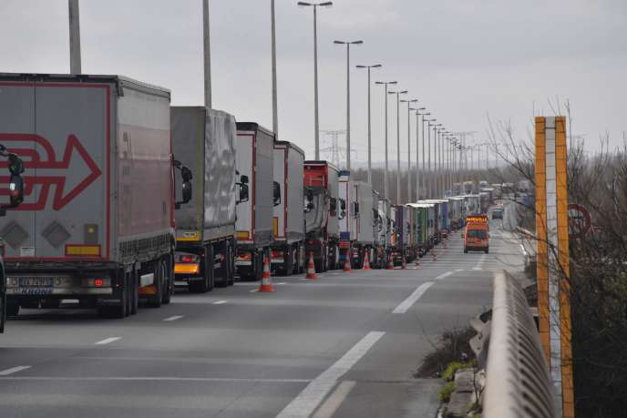 Sur l'A16 entre Dunkerque et Calais, le 4 mars.