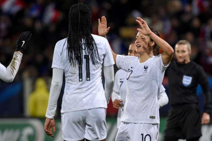 Les Françaises ont battu l'Uruguay, lundi 4mars, à Tours.