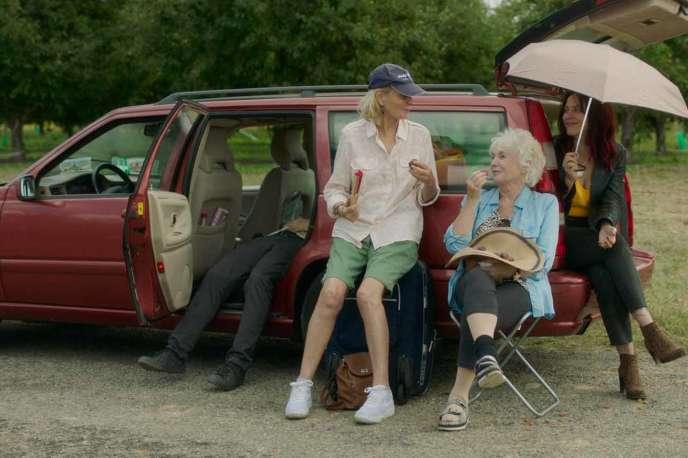 Marthe Keller, Fionnula Flanagan et Monia Chokri dans«On ment toujours à ceux qu'on aime», de Sandrine Dumas.