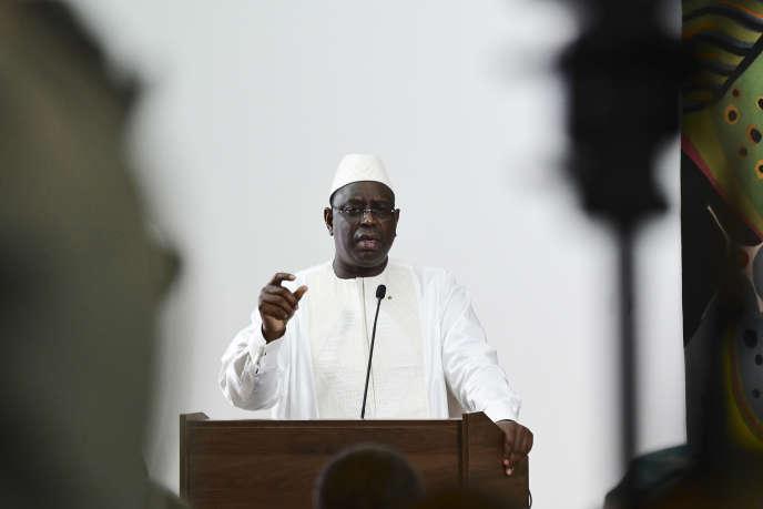 Le président sénégalais Macky Sall lors de son premier discours après l'annonce des résultats définitifs de sa réélection par le Conseil constitutionnel, le 5 mars 2019 au palais présidentiel de Dakar.