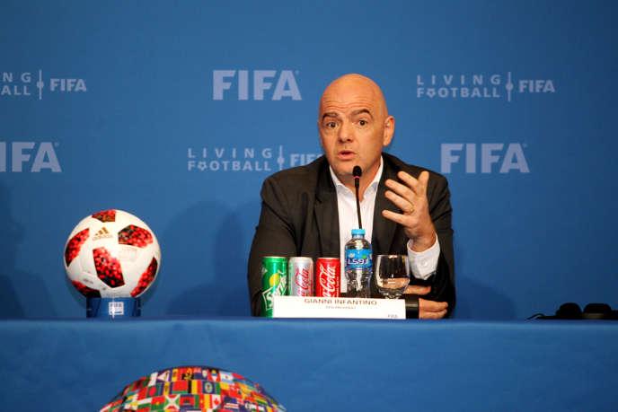 Conférence de presse de Gianni Infantino, président de la FIFA, à Doha, au Qatar, le 13 décembre 2018.