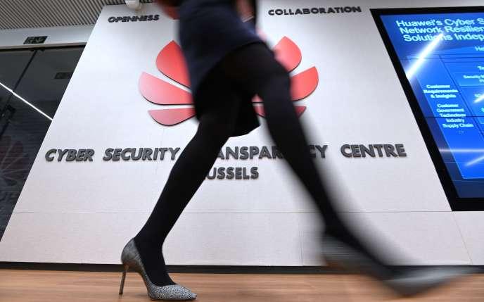 Au centre de cybersécurité de Huawei, à Bruxelles, mardi 5mars.