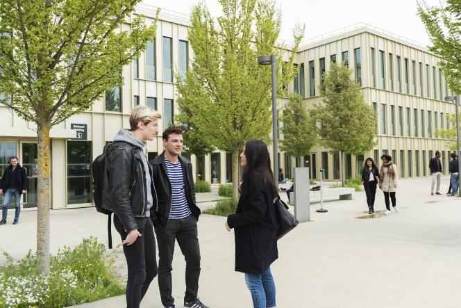 Le campus d'HEC, à Jouy-en-Josas (Yvelines)