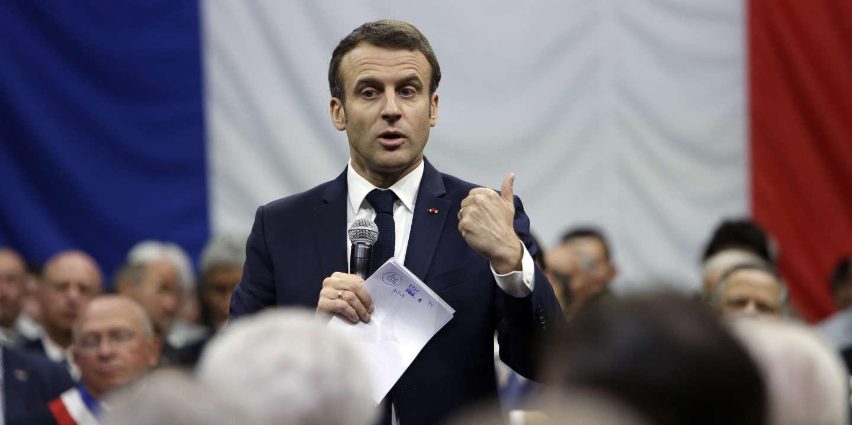 Gilets Jaunes Pas De Violences Policieres Selon Emmanuel Macron