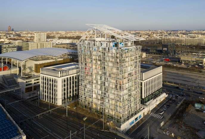 La tour Ycone réalisé par Jean Nouvel, à Lyon.