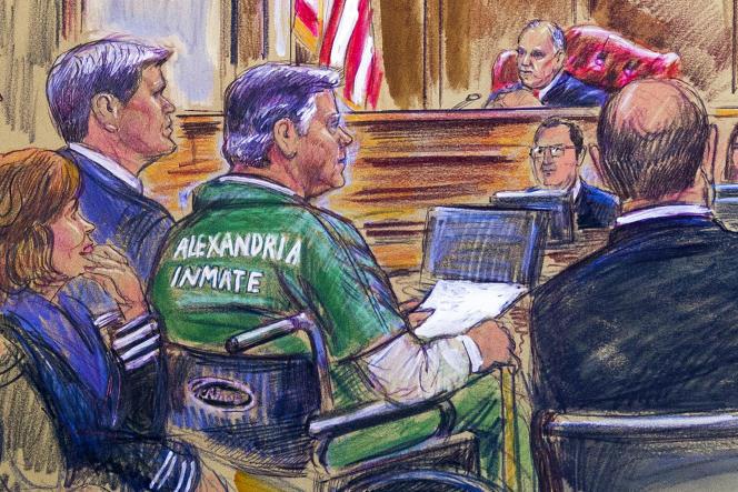 Paul Manafort (au centre), lors de l'énoncé de sa sentence pour fraude fiscale, le 7 mars 2019, prononcée par une cour de Virginie.