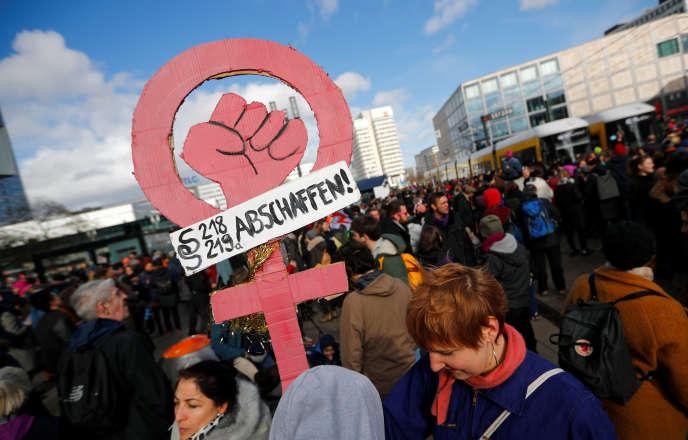 A la marche pour laJournée internationale des droits des femmes, à Berlin. Dans le Land, le 8mars est devenu, en janvier, un jour férié.