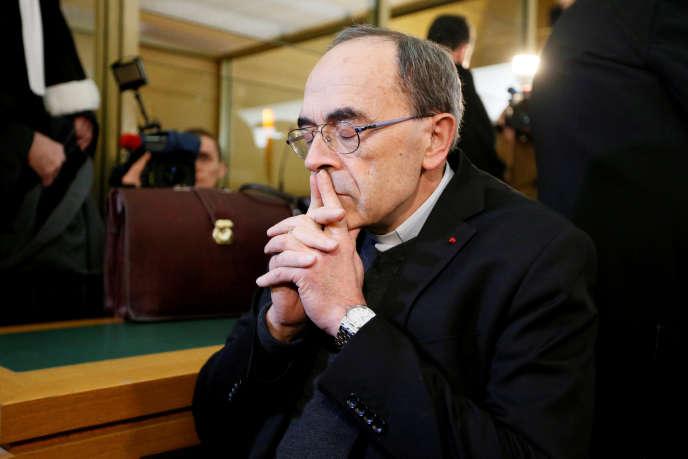 En lançant cette procédure, les victimes de l'ancien aumônier Bernard Preynat voulaient dénoncer le silence de l'Eglise.