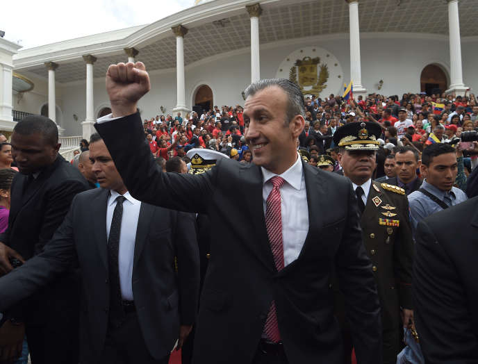 Le ministre vénézuélien de l'industrie, Tareck El Aissami, devant l'Assemblée nationale à Caracas, à l'occasion de l'anniversaire de l'indépendance, le 5juillet2017.
