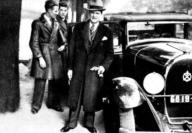 Francois de La Rocque, chef des Croix de feu, en 1936.