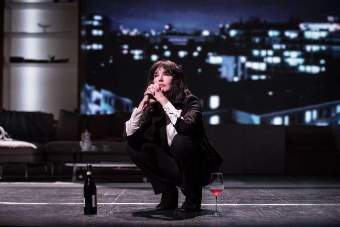 L'actrice Isabelle Adjani sur scène dans«Opening Night», adapté du scénario de John Cassavetes.