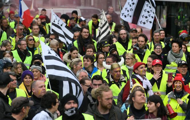Environ 800personnes ont participé à Quimper à l'acte XVII des«gilets jaunes» le samedi 9 mars.