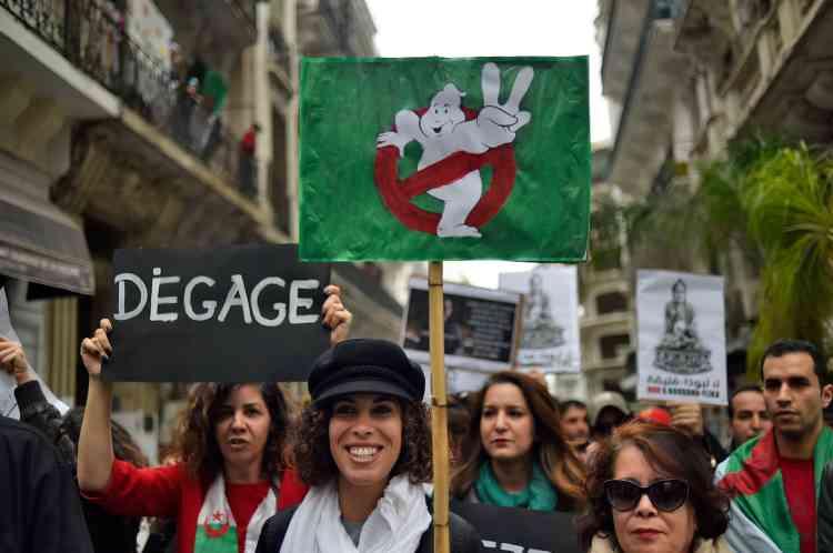 Les rassemblements ont coïncidé avec la célébration de la Journée internationale pour les droits des femmes.