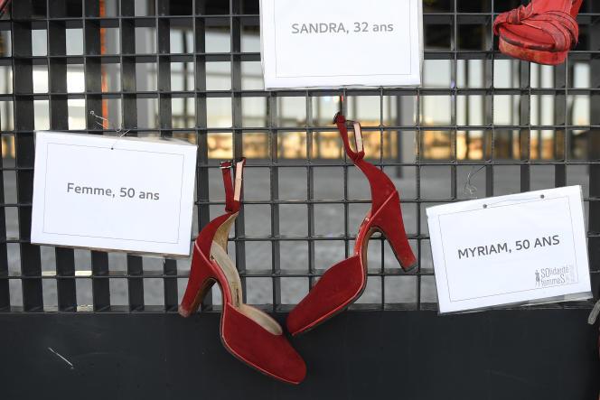 Mémorial en souvenir des femmes victimes de violences domestiques en 2017 à Nantes.