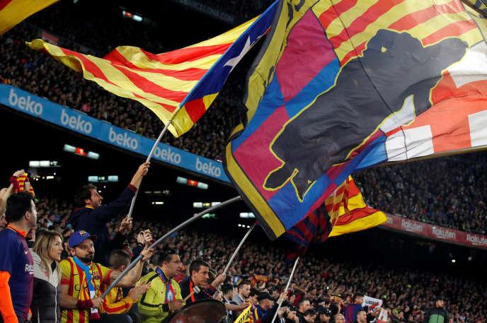 Des supporteurs du Barça lors du match face à Santander, le 9 mars au Camp Nou.